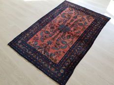 Incredible and breathtaking rare Persian Sarouk! 100 % hand-woven !