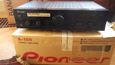 Pioneer Stereo Amplifier - A 109