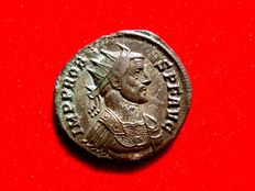 Roman Empire - Probus (276-282 A.D), silvered antoninianus (3,21 g. 21 mm), Rome mint.  IOVI CONS PROB AVG / R (thunderbolt) B. Jupiter