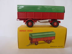 Dinky Toys-France - Scale 1/48 - Covered trailer red/green No.70
