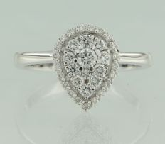 14 kt white gold ring in a drop shape, set with 32 brilliant cut diamonds ****no reserve price****
