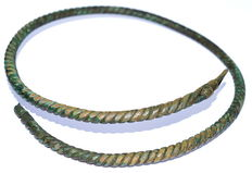 Large Early Medieval Viking Twisted Neck-Torc - 210 mm