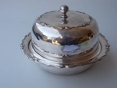 Ancient silver plated dish for muffins with domed lid by DEYKIN AND HARRISON C1895