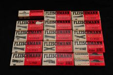 Fleischmann N - Various switches and crossing