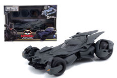 Batmobile from the movie Batman VS Superman - Scale 1/24 - Pre-painted kit
