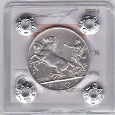 """Italy, Kingdom, 1927—""""2-Horse Chariot"""" silver 10 Lire coin—2 rosette—Victor Emmanuel III"""