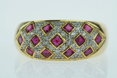 18 karat gold women's ring set with diamonds and rubies