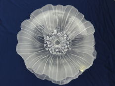Mats Jonasson, handmade glass bowl and plate in the form of an anemone