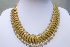 Signed CORO - 3 Strand Choker Necklace Brushed Gold Tone Thick Chunky Link with beaded faux pearls