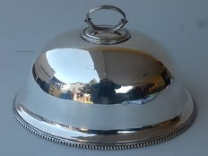 Antique Serving Dish with dome lid in English Silver Mappin & Webb Prince's Plate, Victorian Age.
