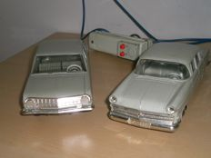 Gama, Western Germany - Length 21-23 cm - Plastic/Tin Opel Kapitän en Opel Rekord with a battery/traction motor, Period: 1950/1960
