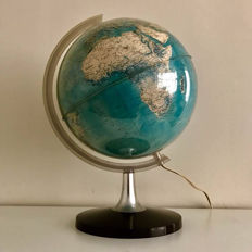 Large globe with lighting, eerste nederlandsche globe industrie Zwolle, approx. 1960.