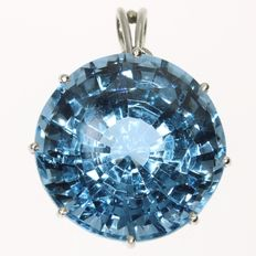Impressive white gold pendant with 37.00ct.! blue spinel - 1950
