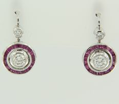 White gold dangle earrings of 14 kt, Art Deco style, set with ruby and diamond