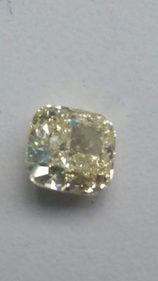 Cushion.cut IF yellow diamond of 1.36 ct.