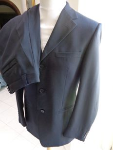 Gianni Versace Classic  - Suit