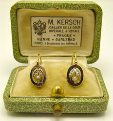"Delicate "" Seed pearl cherry "" dormeuses earrings 18kt gold & Platinum °°°NO RESERVE°°°"