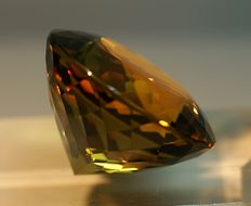 Citrine, orangy-brown - 58.56 ct