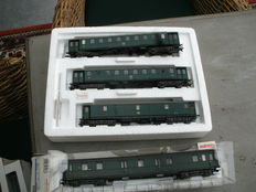 Märklin H0 - 4394/43268 - Set with 3 passenger carriages and a postal carriage of the NMBS/SNCB