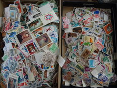 Europe - Large batch in box with over 60,000 stamps