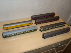 Roco H0 - 6 four-axle passenger carriages, mostly of the DB