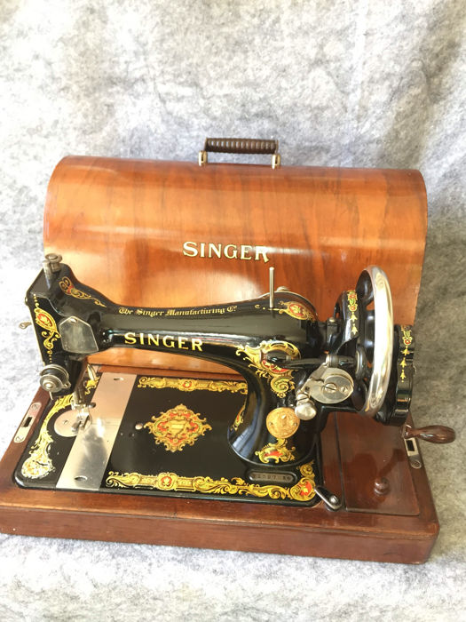 Boite singer d occasion plus que 2 70 for Machine a coudre 784