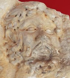 Mask in high relief, finely worked in Rubbio marble, Italy - around 1700