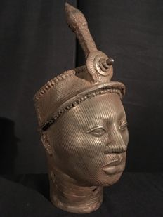 Large bronze African Ife King head - IFE-Nigeria (Ife-city region)
