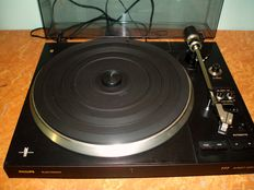 Philips electronic 777 direct control record player