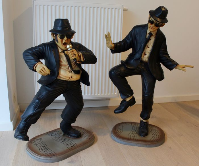 The Blues Brothers: Elwood and Jake - large size resin sculptures - 2nd half 20th century mark AAA -and poster on linen