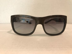 Burberry – sunglasses – women's.