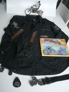 Harley Davidson items - including Black label Harley Davidson shirt - Braces - Pop Up Book - HD Motorman made of bolts and screws