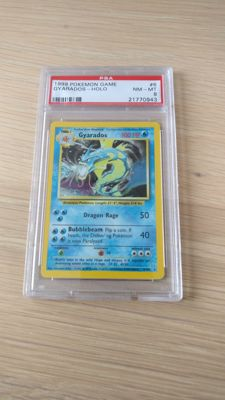 Gyarados Holo Base Set 1999 PSA 8