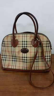 Burberry - bag with handles and shoulder strap