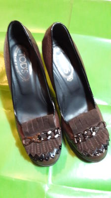 Tod's – Women's leather and suede shoes.