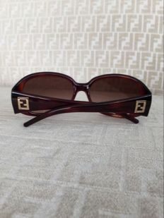 Fendi – Sunglasses – Ladies'.