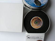 Cook Islands - 5 dollars 2014 'Moldavite Impact' - 1 oz silver with piece of the meteor