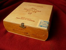 Old cigar box - Zino Mouton-Cadet - baron Philippe de Rothschild - 1967