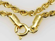 18 kt gold chain.cord