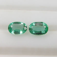 Emerald Pair - 1.02 ct total - No reserve