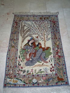 Handmade Persian carpet – Isfahan –- 77 x 111 cm – Pictorial