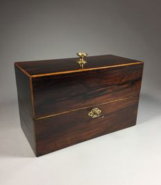 Rosewood veneered tea box with space for 2 caddies and a mixing bowl - France - second half 19th century