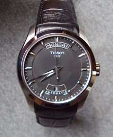 Tissot Couturier day date – Men's wristwatch