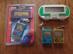 Lot of 1 Nintendo Game & Watch and 3 mini Game & Watch (new)  - Donkey Kong 3 Micro vs System