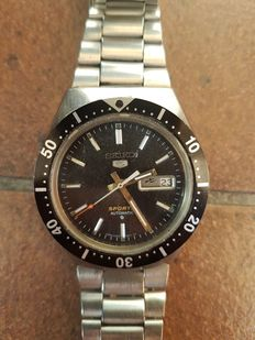 Seiko 5 Divers, 7009-8570 – Men's wristwatch – August '89