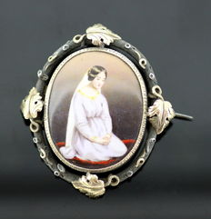 Antique Silver and 15K Gold Brooch Praying Lady, c.1890