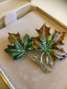 Silver enamelled autumn leaf brooch with marcasites