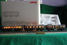 Märklin H0 - 43973 - 3 passenger coaches of the DRG with lights