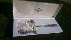 "Exceptional large serving spatula, new/mint condition ""bunches of grapes"" by christofle"