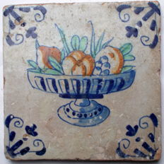 Rare tile with a fruit bowl, 17th century